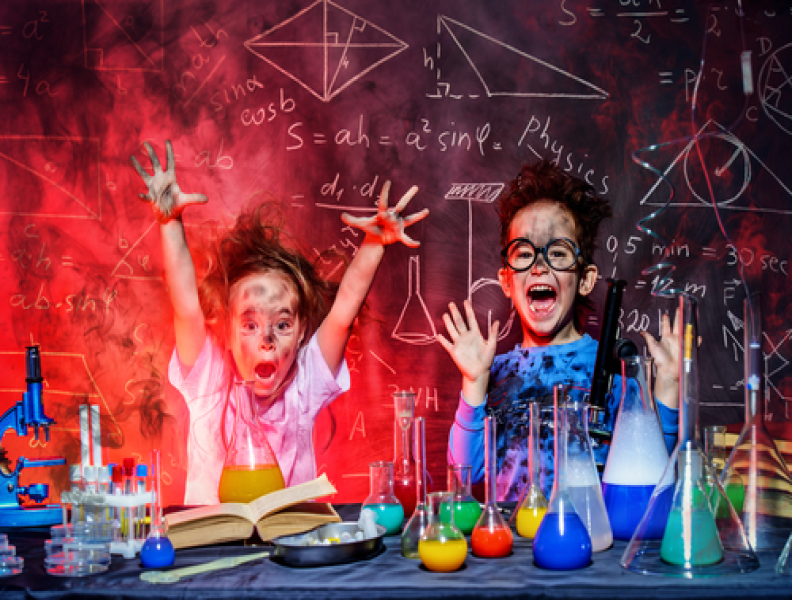 #NOWCASTING Hosts for Kids Science Show!